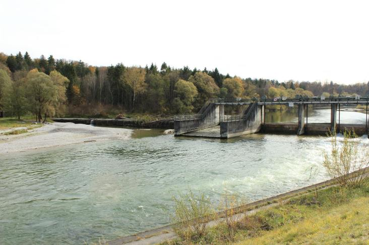 Dam system on the Isar near Munich, 2